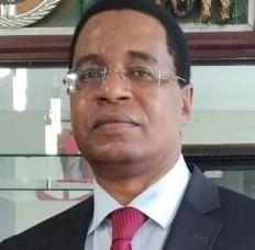 Dr David Muigua